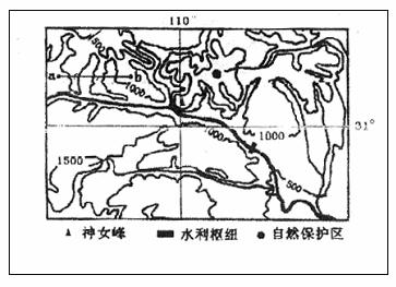 理解图上标出的方位,海拔和图例,就不难判断出黄土高原有关的知识.